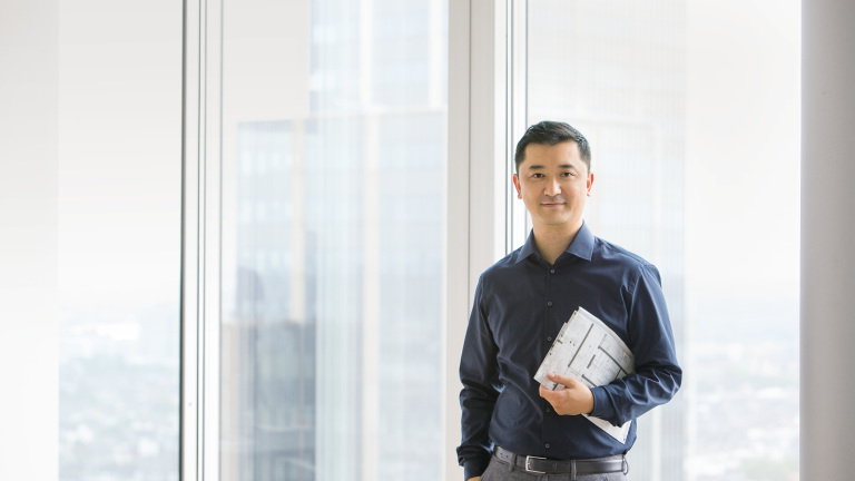 Consultant Yinan